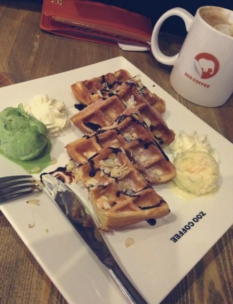 比利时华夫饼 - 五道口的动物园咖啡)